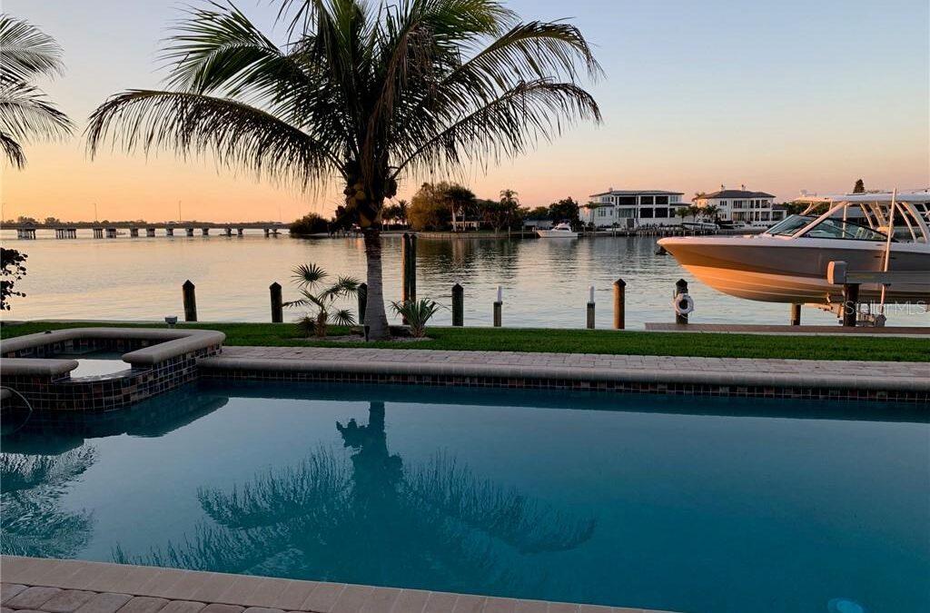 Sold: 111 N WARBLER LN, Bird Key Sarasota